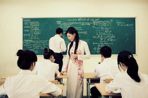 Tại sao con gái nên học nghành sư phạm